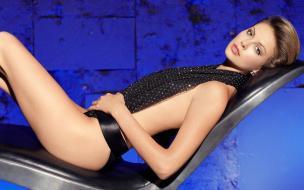 Charlize Theron 13